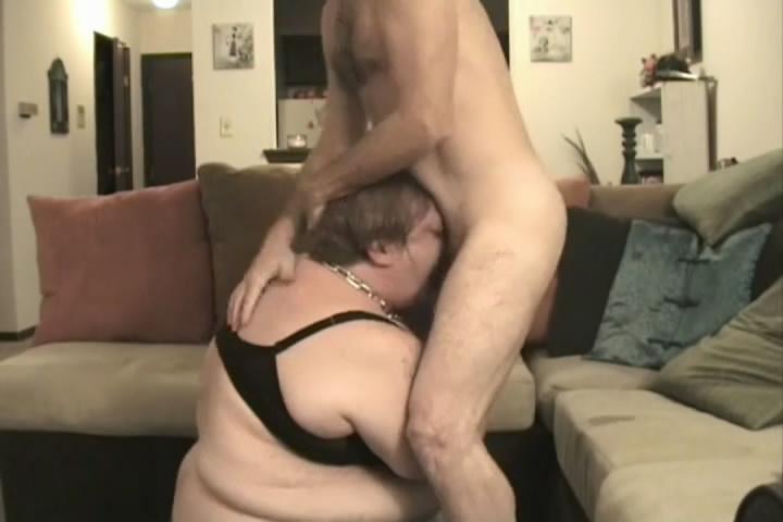 il montre sa bite lingerie de salope