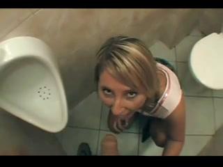 suce dans les toilettes bonne avaleuse