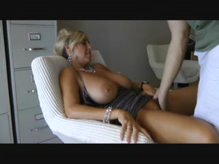 Matures normes seins, mature avec movie from JizzBunker