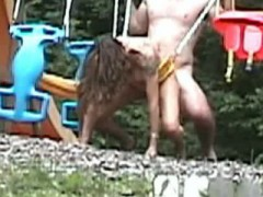 baise-mature-couple-outdoor-pipe