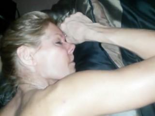 sexe amateur en force en famille